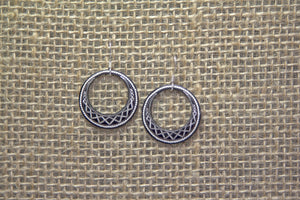 Damascene Round Drop Earrings - Geometric