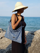 Leather Tote - Black/Blue