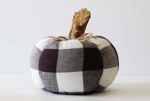 buffalo plaid pumpkin