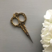 Gold Vintage Style Embroidery Scissors