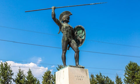 A statue of King Leonidas to whom the phrase Molon Labe is attributed