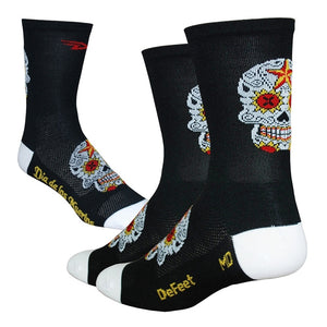 "DeFeet Aireator 5"" Hi Top Sugar Skull Black and White Socks"