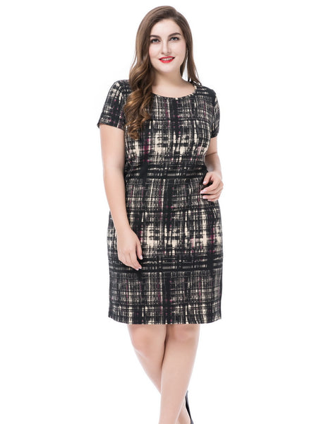 Chicwe Women's Plus Size Printed Dress Round Neck Short Sleeves - UNVACANAL