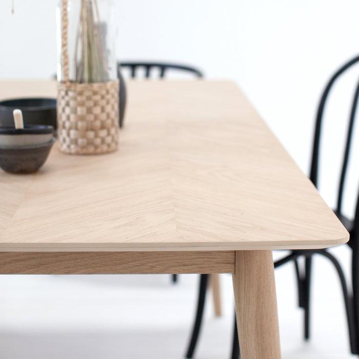 Tristford Extendable Oak Dining Table 200-252cm x 90cm - Farmhouse Table Company