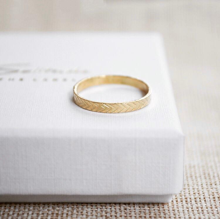 Structure ring - 14k goud