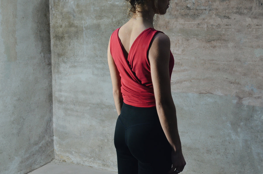 Reversible Knot Top - Radiantly Red