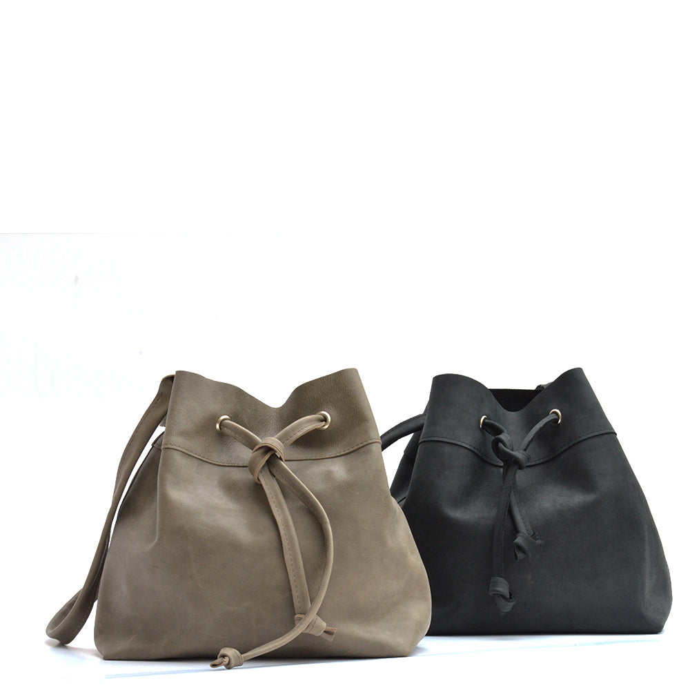 Black Bucketbag