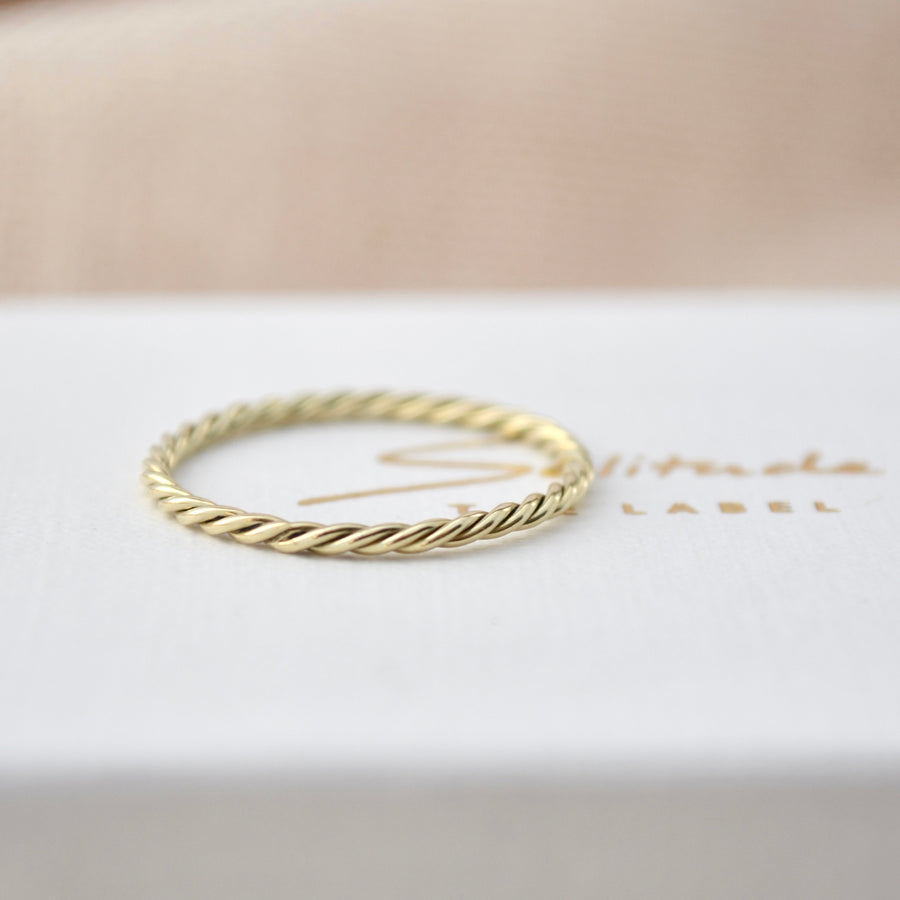 Twisted ring - 14K goud