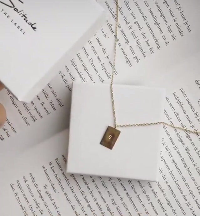 Initial necklace - 14k goud