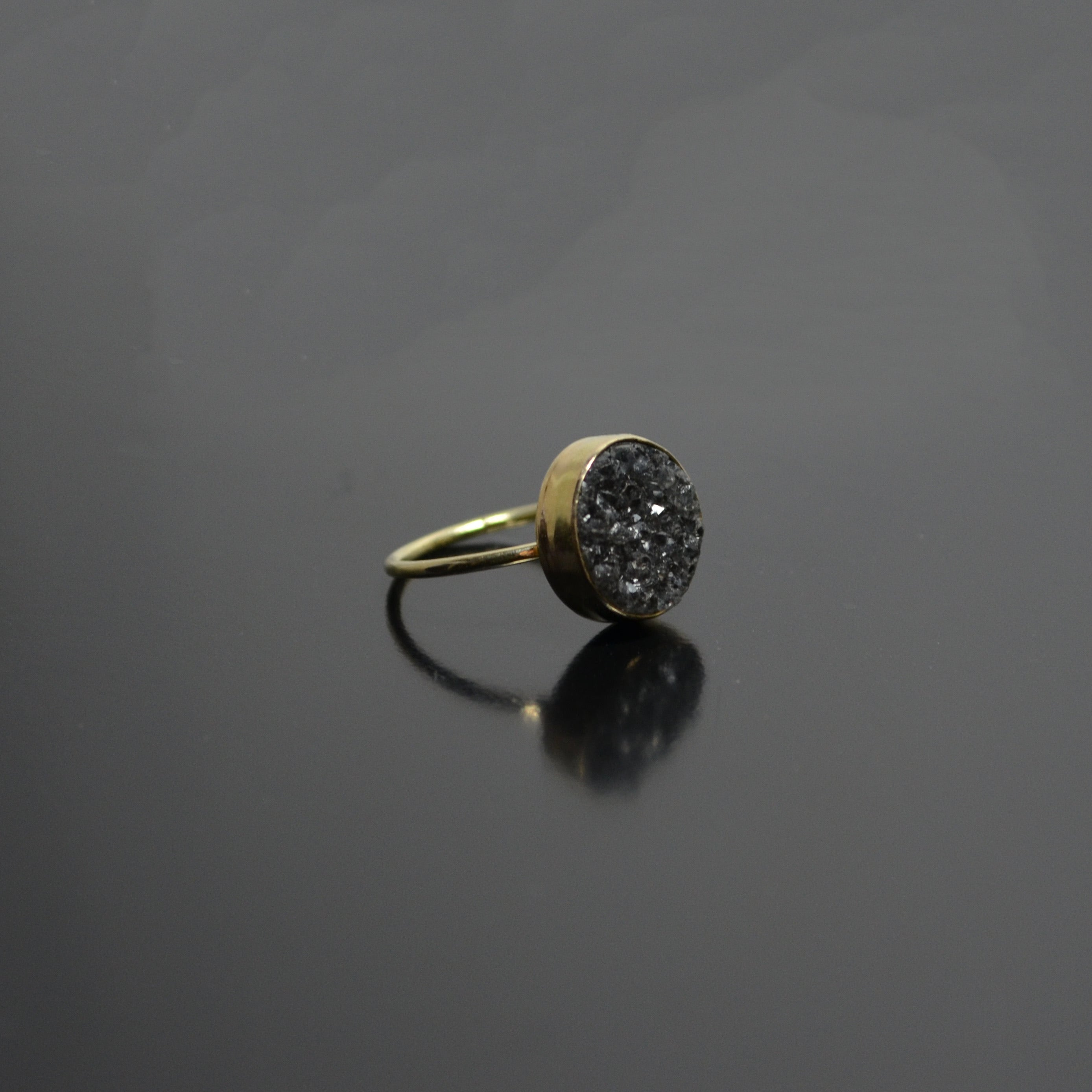 Space grey Crystal Ring - 14K GOLD