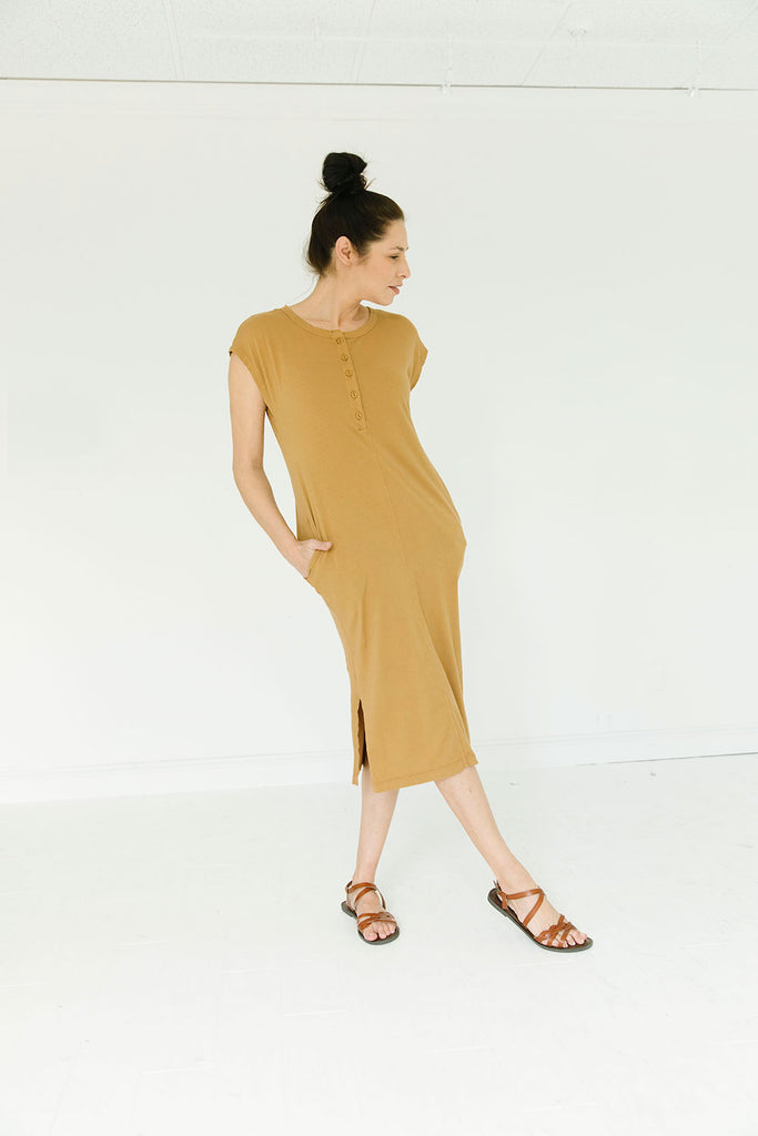 The Organic Market Dress in Bone Brown