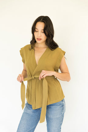 The Easy Wrap Top in Fennel Seed