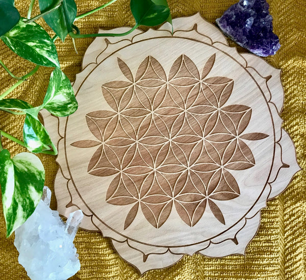 Lotus Crystal Grid kit (12 inch)
