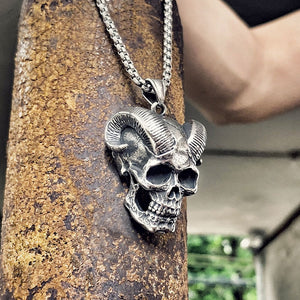 Unique Death Horned Skull Pendant Necklace
