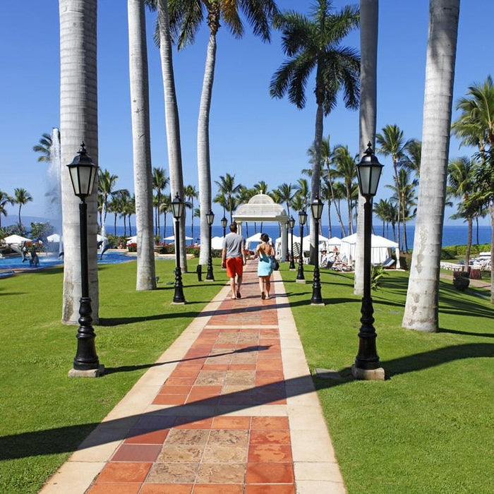 Couple walking at the Grand Wailea