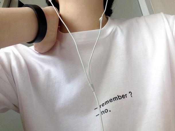"""-Remember?- No"". Tumblr Tee - Mermaid Freak"