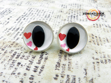 Loving Hearts Cat Eyes