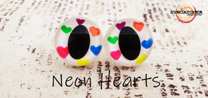 Floating Hearts Cat Eyes