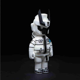 "Ghost Mode White ANATEQ 6"" Medium Figure by Quiccs x Anatoy"