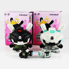 Quiccs Baby TEQ 63 Bundle Pack of Black + Grey Designer Toy Awards Mini Series by Kidrobot - IamRetro.com
