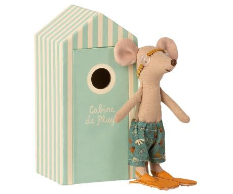 PREORDER Maileg Beach Mice, Big Brother in Cabin de Plage