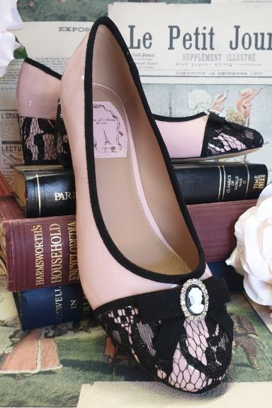 Cameo Lace Toe Shoe Pink