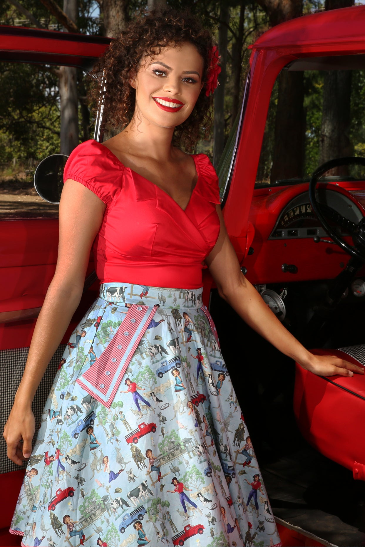 The Lucky Country Collar Camisole (Red)