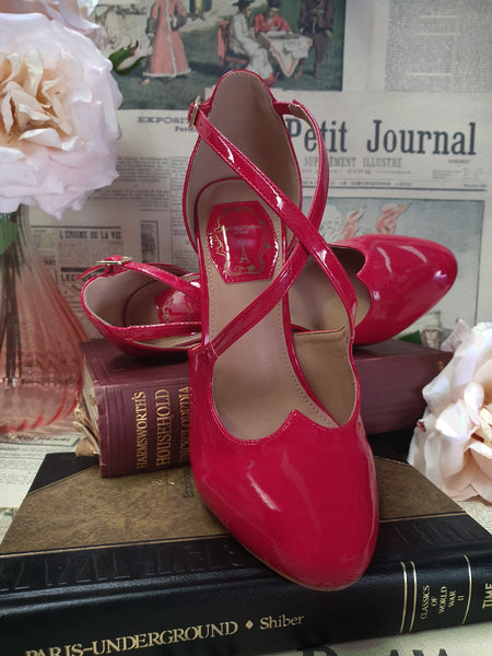 The Vixen Shoe (Red)