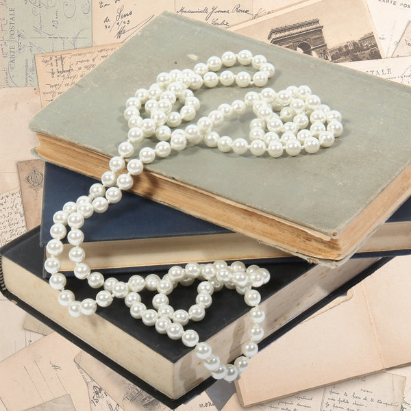 Long Pearl Necklace (Cream)