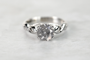 Salt and Pepper Diamond Rings- For the Timeless and Untraditional Appeal