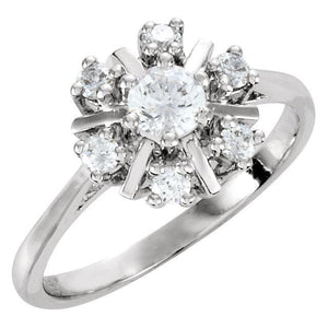 Diamon Cocktail-Style Cluster Ring - Giliarto