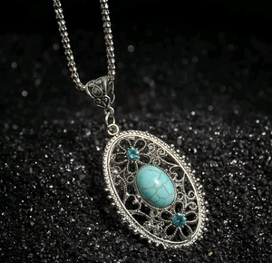 Oval Turquoises Necklaces