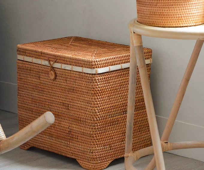 Rattan Storage Case, Storage Baskets for Bedroom, Extra Large Handmade Rectangular Basket with Cover, Rustic Basket with Lip