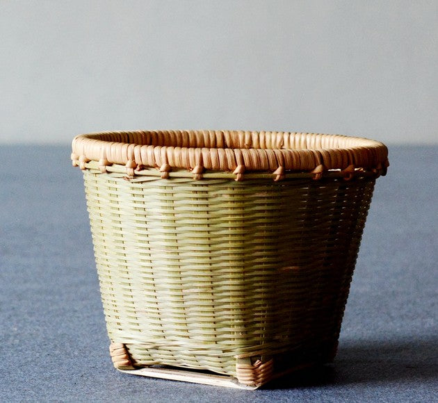 Natural Bamboo Basket, Rustic Basket, Hand Woven Snacks Basket, Round Decorative Basket