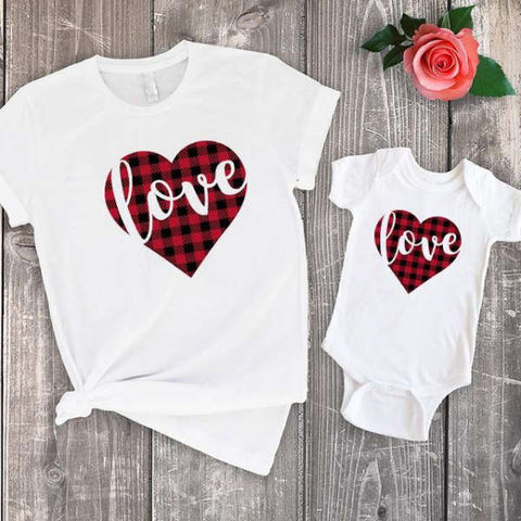 Vêtement Assorti Maman Bébé  T Shirt Love Coton