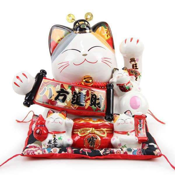 Chat Maneki Neko | MJ FRANKO