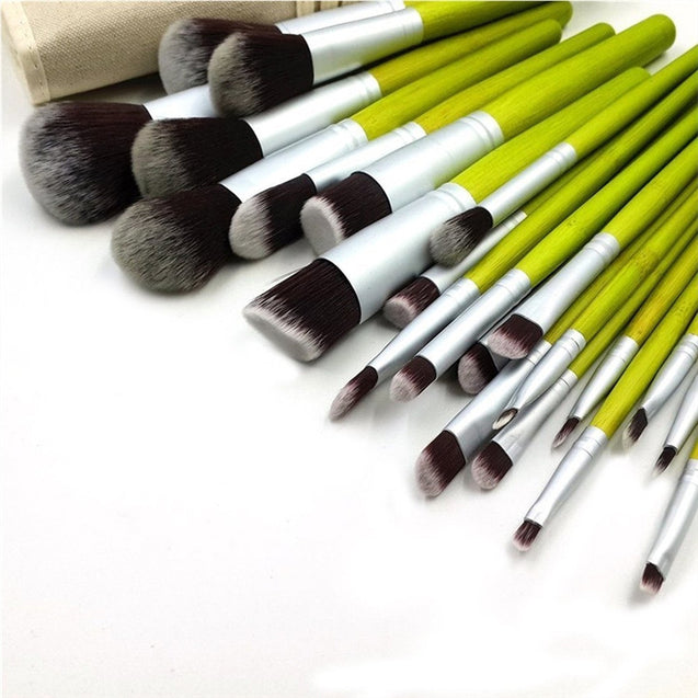 23pcs Bamboo Cosmetic Makeup Brushes Set with Pouch
