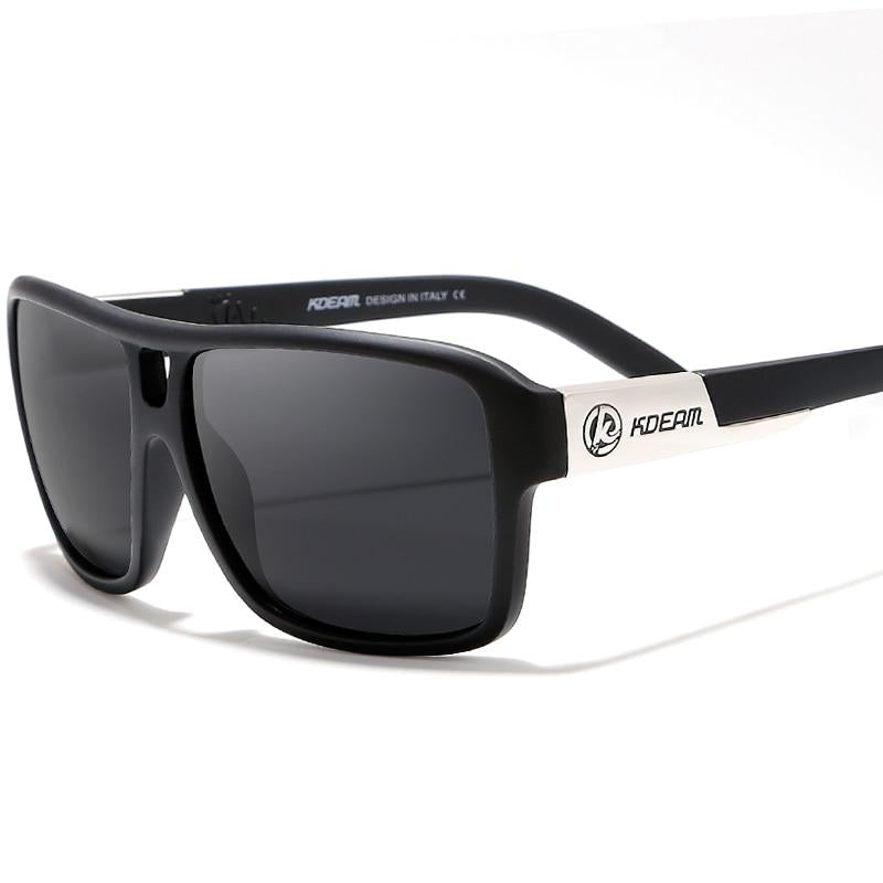 Reflecting Polarized Sunglasses With Black Hard Case
