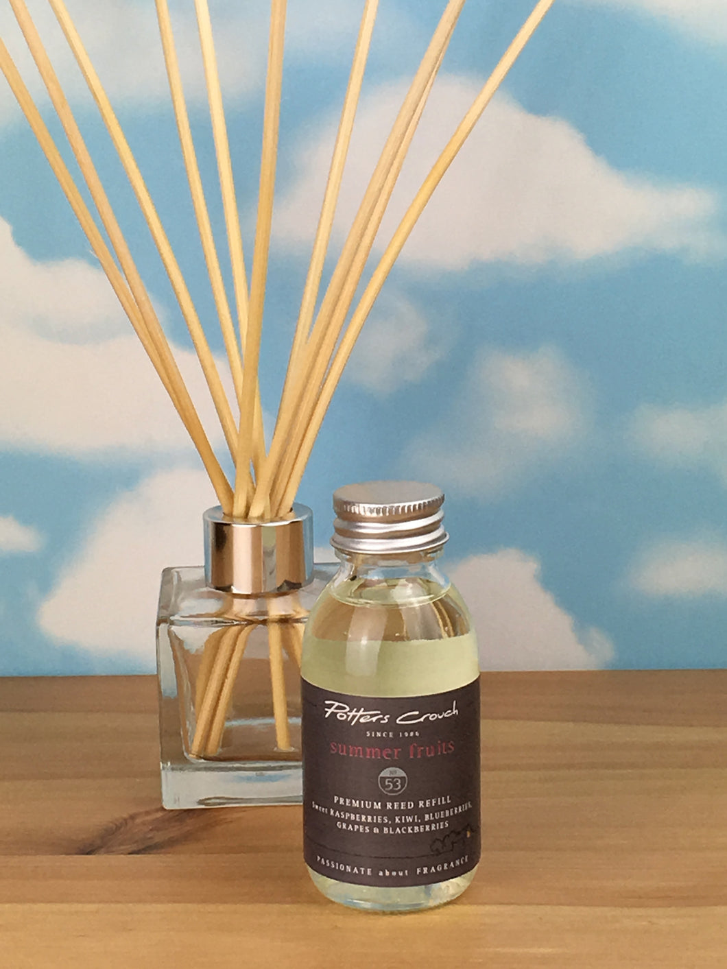 Potters Crouch Summer Fruits Luxury Diffuser Refill (100ml) - Reed Diffuser Refills - Spiffy