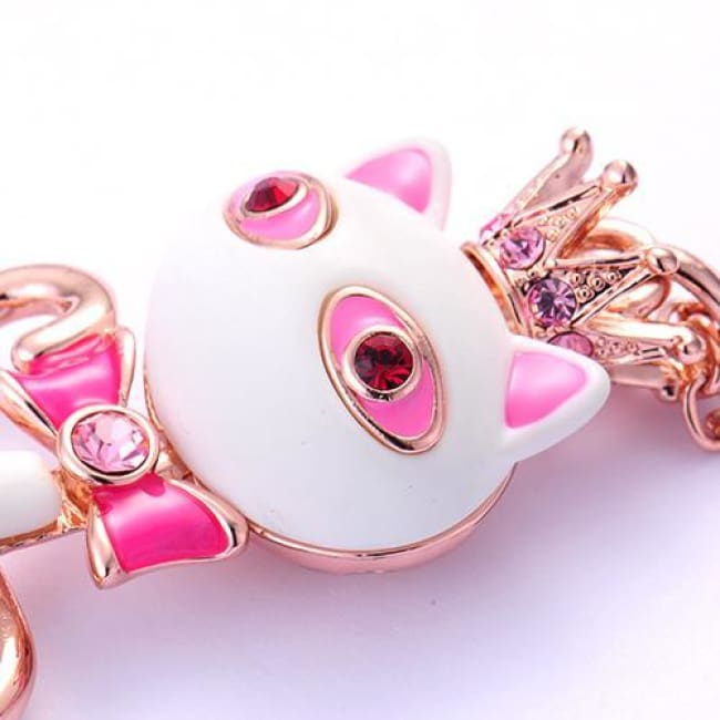 Katyas White/red Resin Crowned Cat Pendant Necklace - Necklace