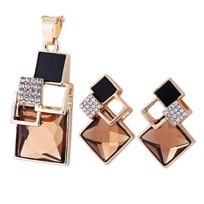 Victorias Vintage Shape Geometric Crystal Pendant With Stud Earrings - T012 Gold Champagne - Earrings