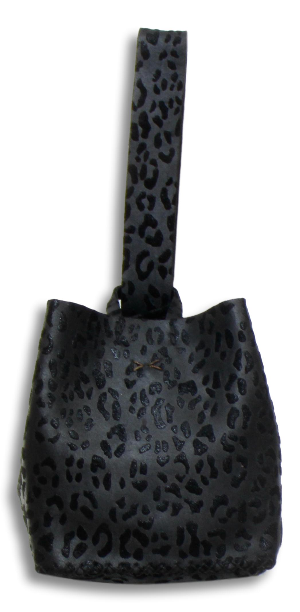 soho bag | black leopartd textured leather - Volta Atelier