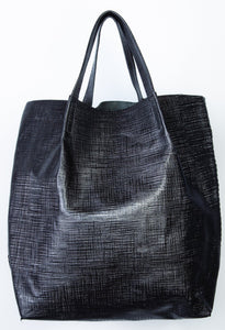 la jolla | black raffia-print leather