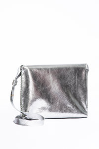 vila medium | silver raffia-print leather