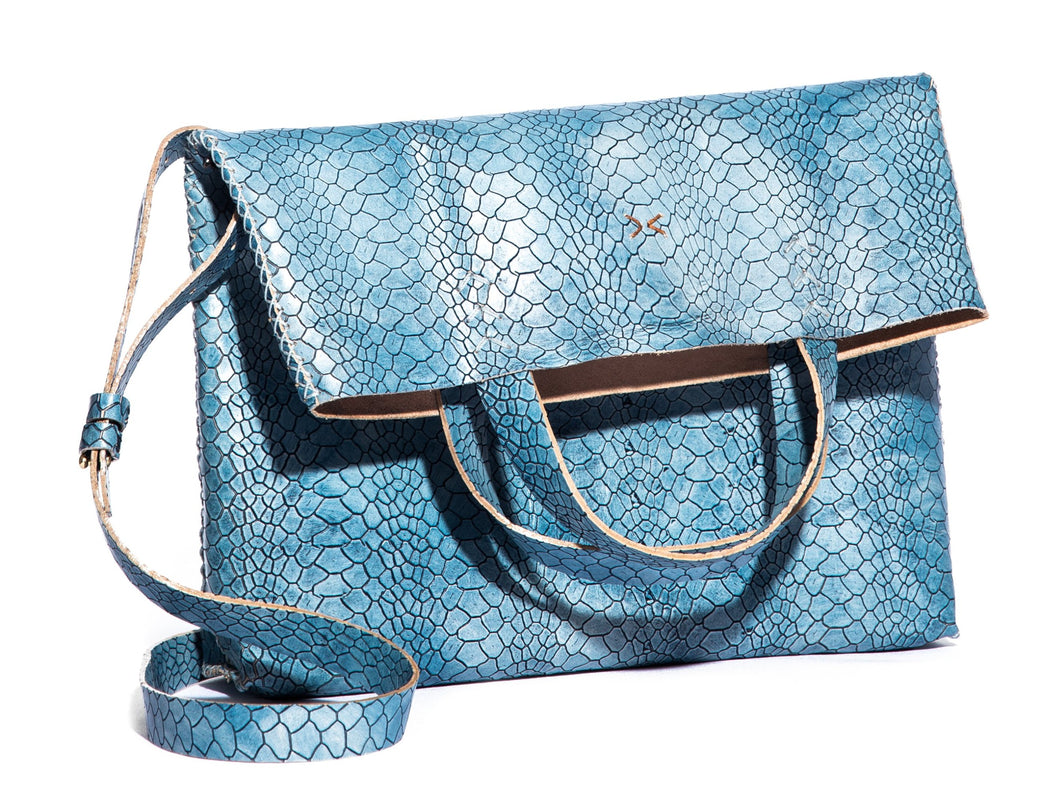 vila medium | blue snake-print leather