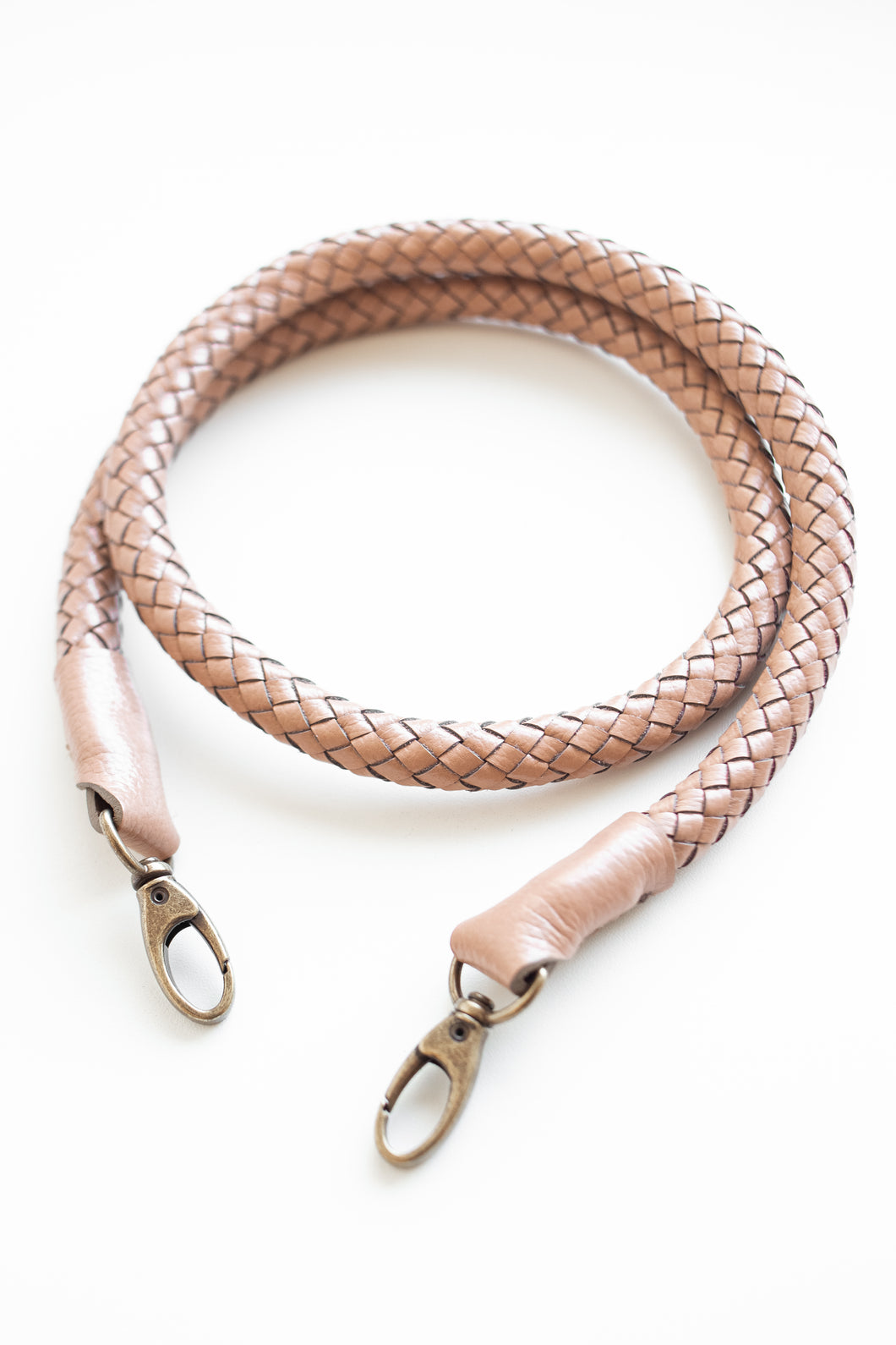 hand-braided leather strap - beige - Volta Atelier