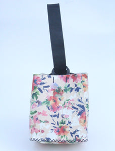 soho bag | flower / navy blue leather