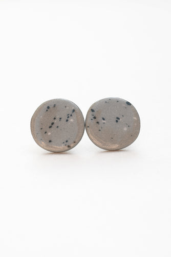 Speckled circle studs