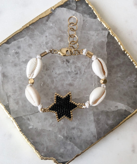 Night Star Shell Bracelet