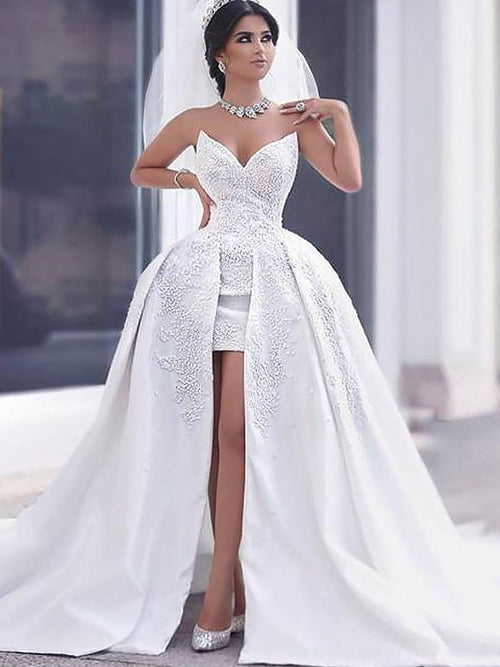 Ball Gown Sweetheart Chapel Train Sleeveless Satin Wedding Dress with Beading